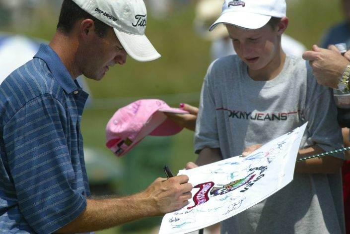 Autograph with kid - 2004 US Open Championship